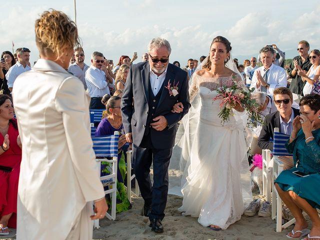 Il matrimonio di Michela e Irma a Viareggio, Lucca 11