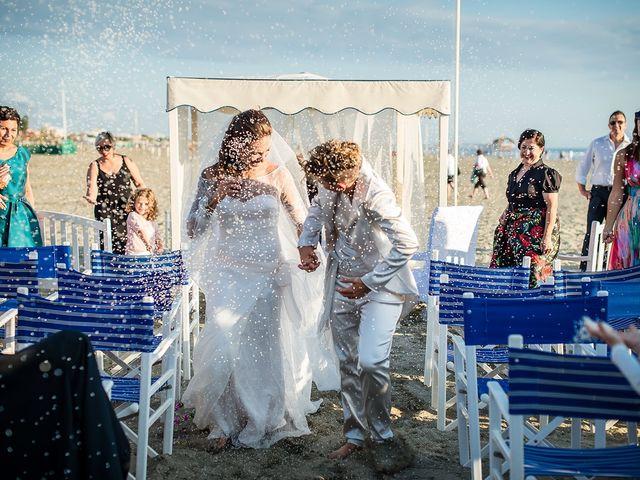 Il matrimonio di Michela e Irma a Viareggio, Lucca 14