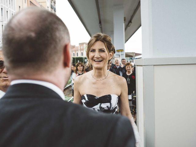 Il matrimonio di Antonello e Mariafrancesca a Monte Isola, Brescia 16