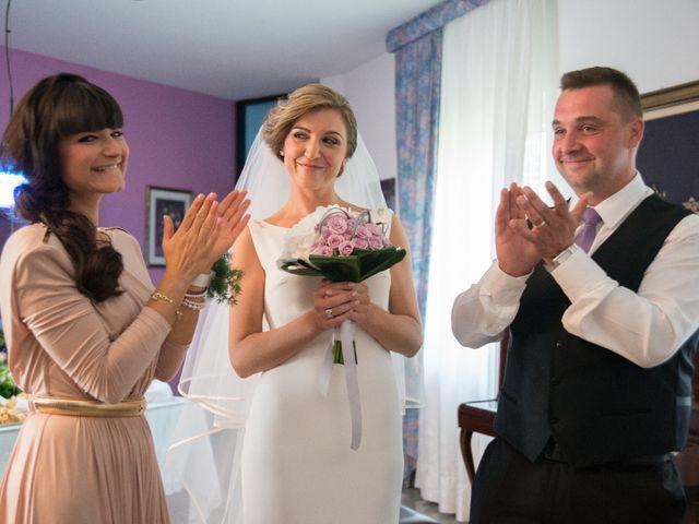 Il matrimonio di Mirko e Caterina a San Chirico Raparo, Potenza 32