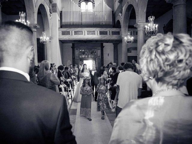 Il matrimonio di Bruno e Ramona a Fivizzano, Massa Carrara 21