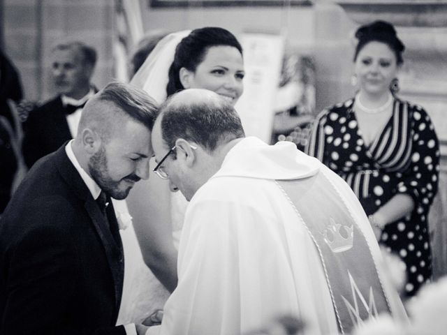 Il matrimonio di Bruno e Ramona a Fivizzano, Massa Carrara 23
