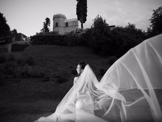 Il matrimonio di Giuseppe e Martina a Jesi, Ancona 19