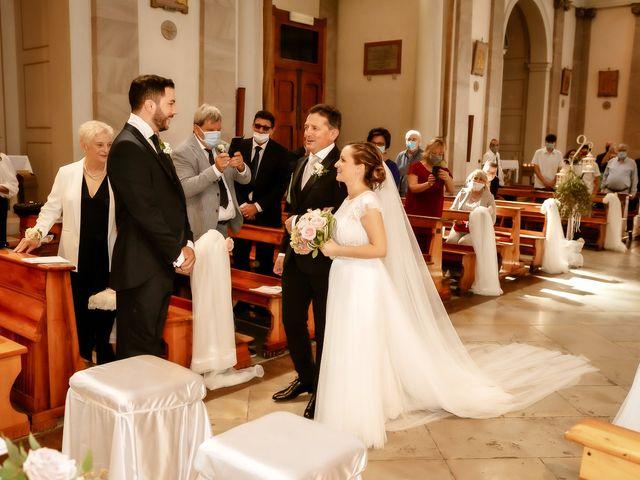 Il matrimonio di Alessandro e Irene a Prata di Pordenone, Pordenone 14