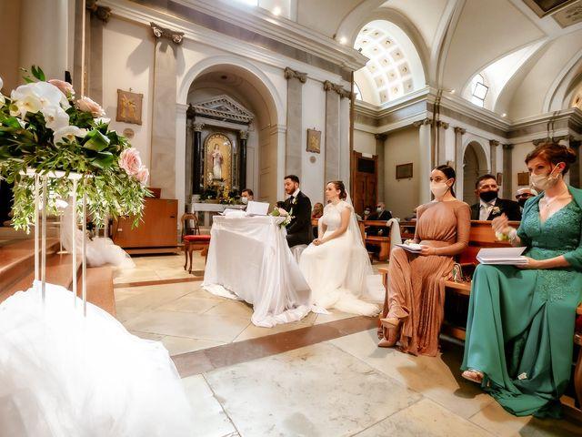 Il matrimonio di Alessandro e Irene a Prata di Pordenone, Pordenone 16