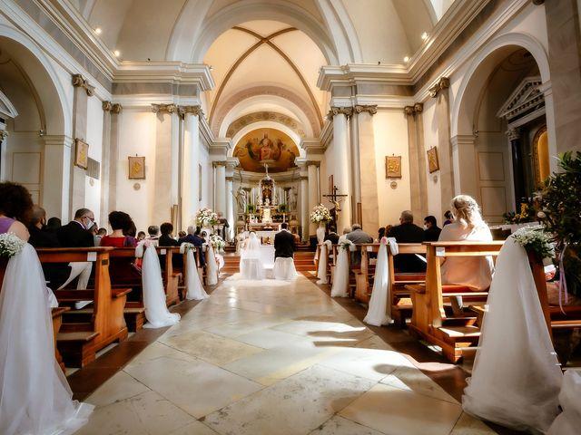 Il matrimonio di Alessandro e Irene a Prata di Pordenone, Pordenone 17