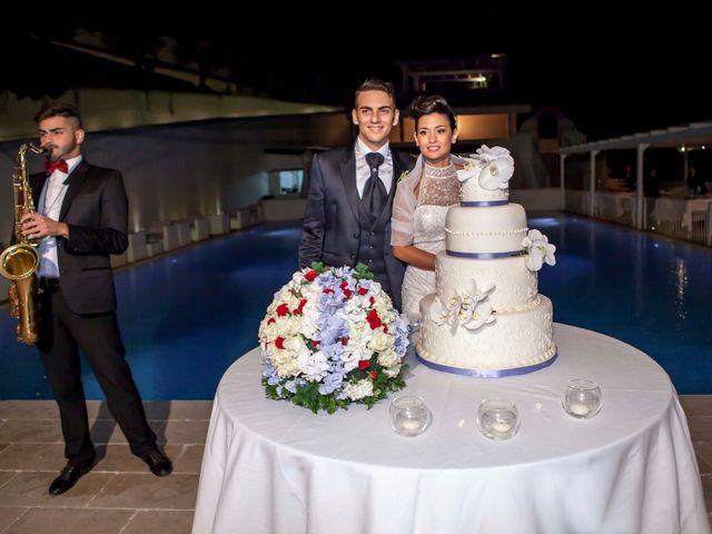 Il matrimonio di Paolo e Elisabetta a Mattinata, Foggia 16