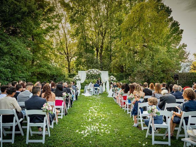 Il matrimonio di Simone e Yadira a Monvalle, Varese 26