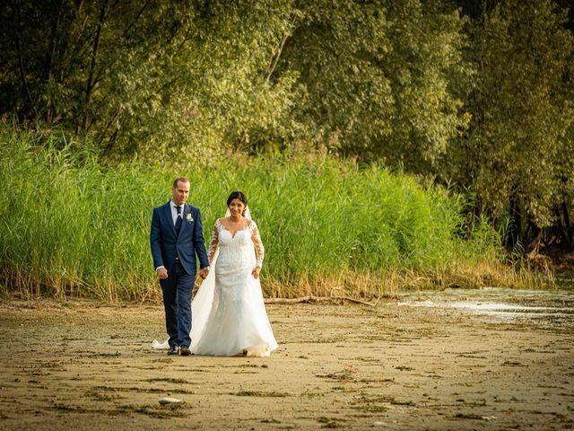 Il matrimonio di Simone e Yadira a Monvalle, Varese 36