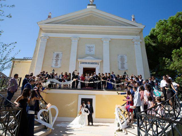 Il matrimonio di Matteo e Valeria a Corigliano Calabro, Cosenza 28