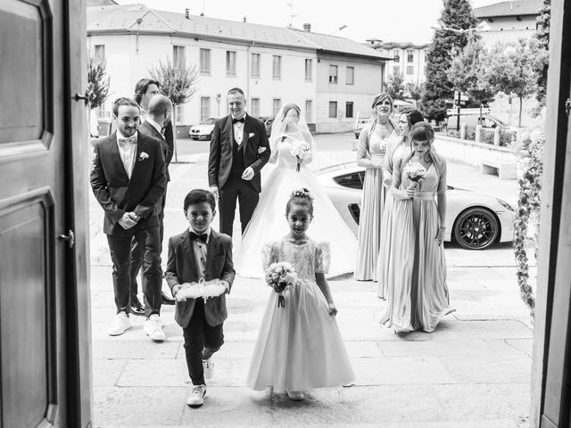 Il matrimonio di Mattia e Jessica a Carnago, Varese 16