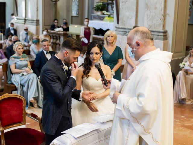 Il matrimonio di Mattia e Jessica a Carnago, Varese 24