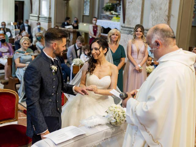 Il matrimonio di Mattia e Jessica a Carnago, Varese 26