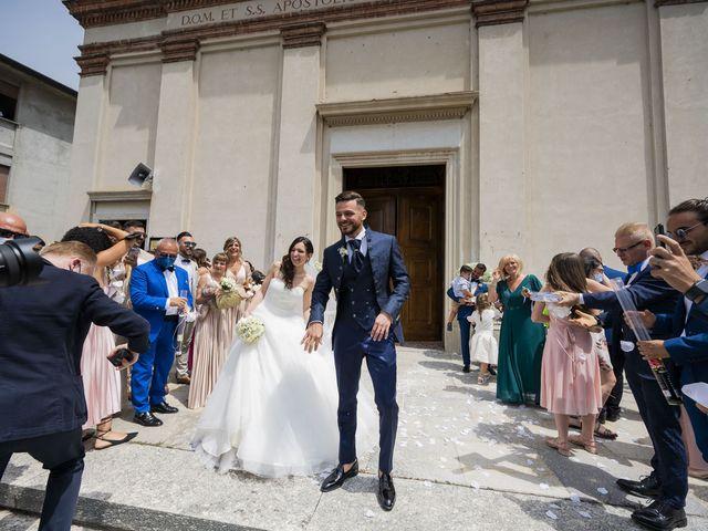 Il matrimonio di Mattia e Jessica a Carnago, Varese 38