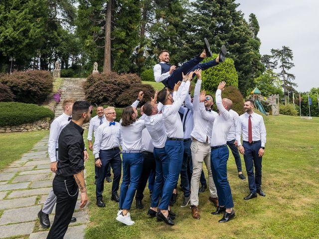 Il matrimonio di Mattia e Jessica a Carnago, Varese 48