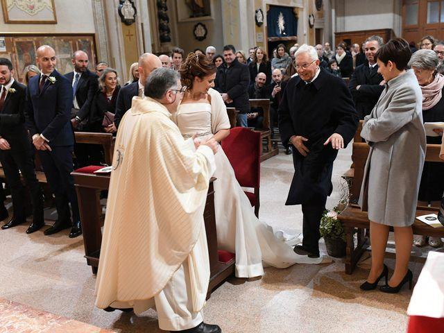 Il matrimonio di Tommaso e Chiara a Laveno-Mombello, Varese 9