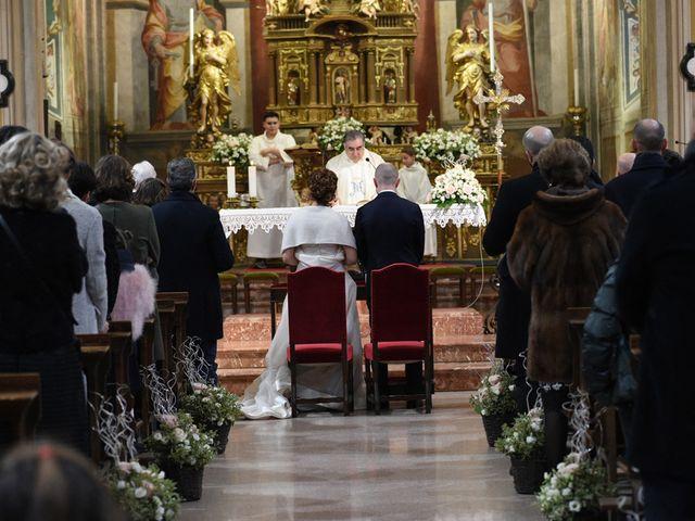Il matrimonio di Tommaso e Chiara a Laveno-Mombello, Varese 10