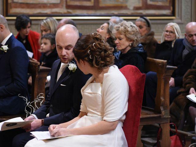 Il matrimonio di Tommaso e Chiara a Laveno-Mombello, Varese 12