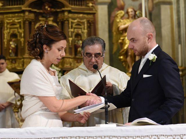 Il matrimonio di Tommaso e Chiara a Laveno-Mombello, Varese 22