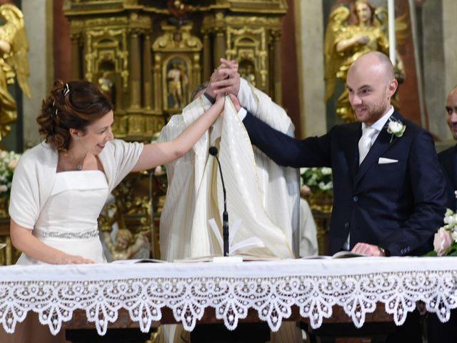 Il matrimonio di Tommaso e Chiara a Laveno-Mombello, Varese 28