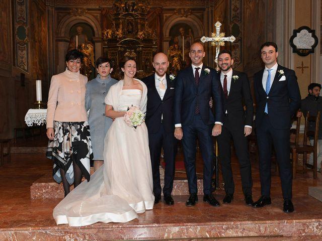Il matrimonio di Tommaso e Chiara a Laveno-Mombello, Varese 41