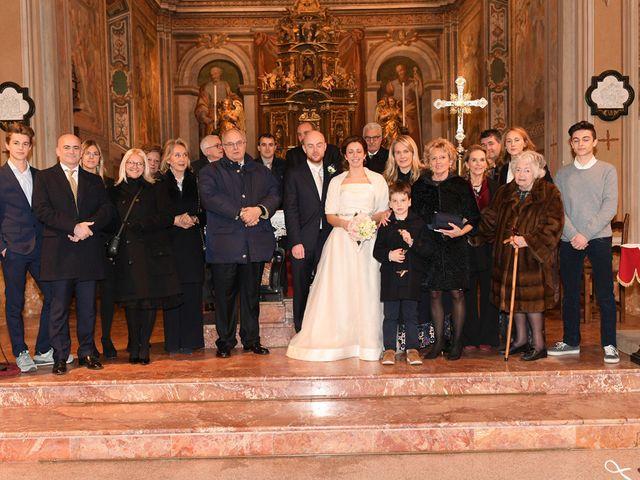 Il matrimonio di Tommaso e Chiara a Laveno-Mombello, Varese 42