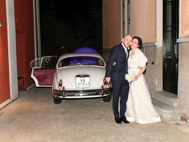 Il matrimonio di Tommaso e Chiara a Laveno-Mombello, Varese 43