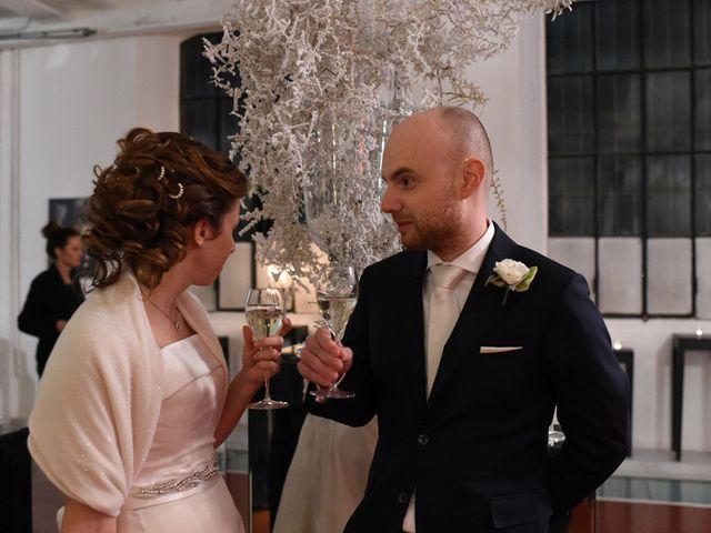 Il matrimonio di Tommaso e Chiara a Laveno-Mombello, Varese 57