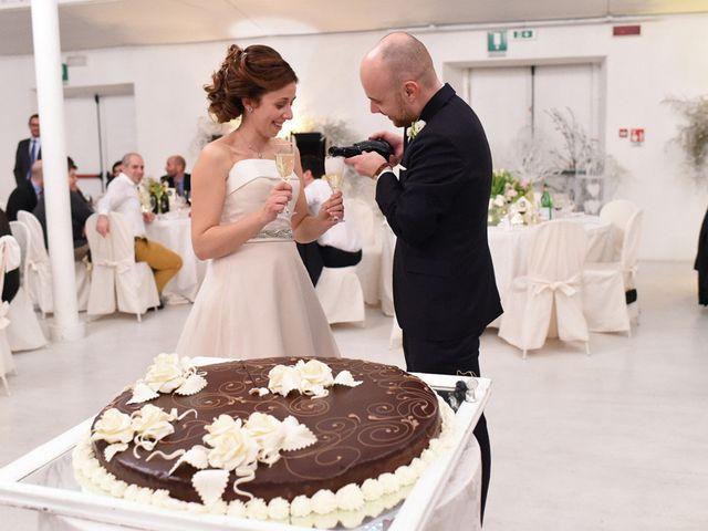 Il matrimonio di Tommaso e Chiara a Laveno-Mombello, Varese 71