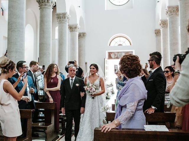 Il matrimonio di Gianluca e Marilisa a Palazzo San Gervasio, Potenza 44