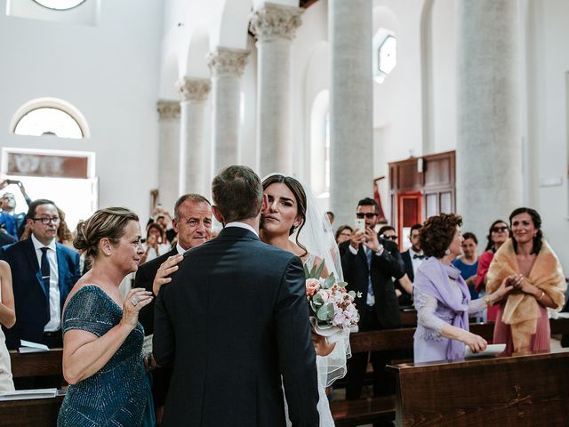 Il matrimonio di Gianluca e Marilisa a Palazzo San Gervasio, Potenza 45