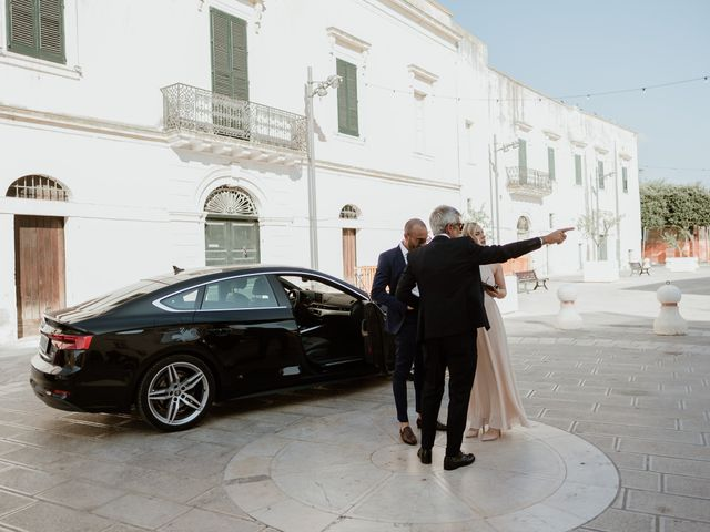 Il matrimonio di Stefano e Laura a Lecce, Lecce 14