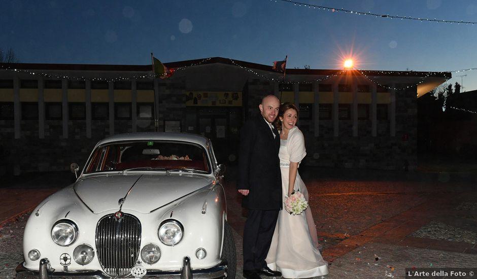Il matrimonio di Tommaso e Chiara a Laveno-Mombello, Varese