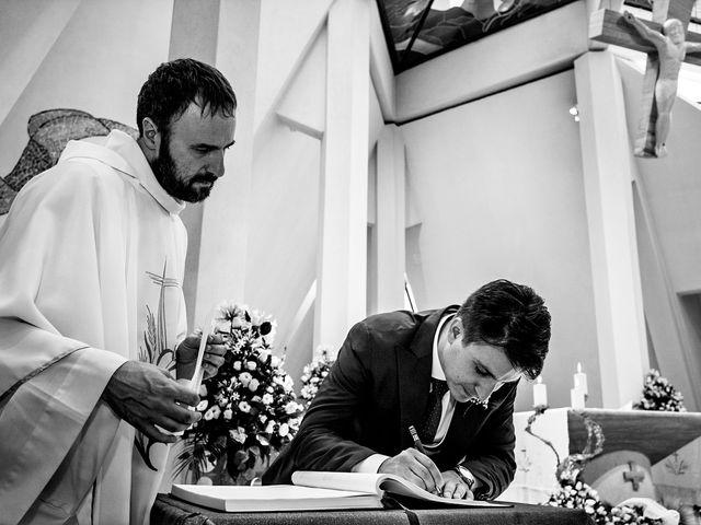 Il matrimonio di Mario e Teresa a Foggia, Foggia 24