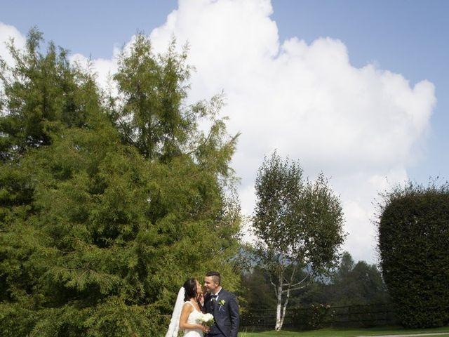 Il matrimonio di Claude e Debora a Pellio Intelvi, Como 1