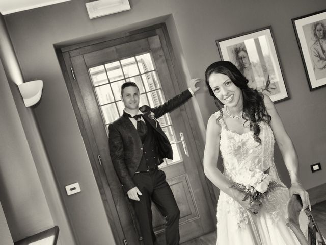 Il matrimonio di Claude e Debora a Pellio Intelvi, Como 11