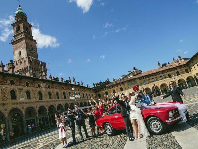 Il matrimonio di Francesco e Julie a Vigevano, Pavia 76