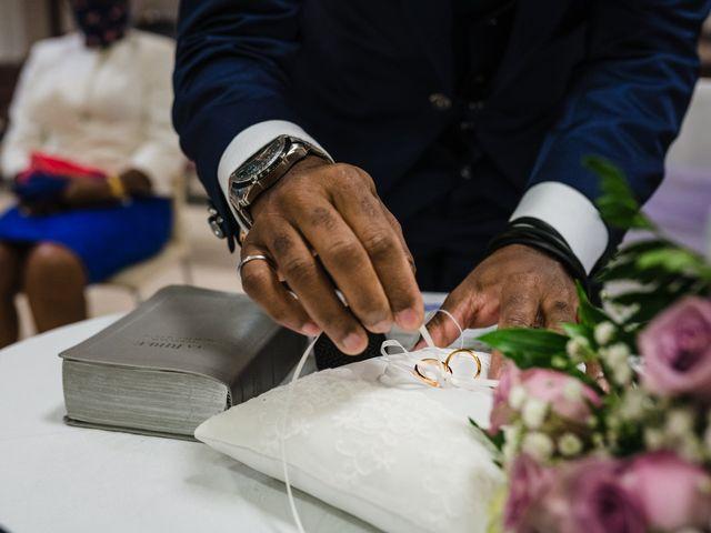 Il matrimonio di Charles e Jolie a Borgomanero, Novara 29