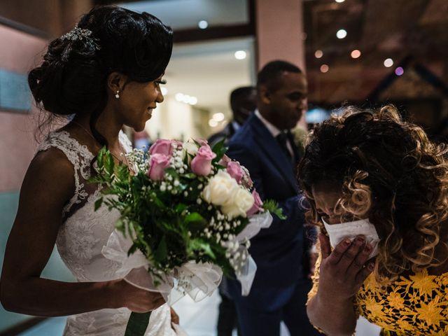 Il matrimonio di Charles e Jolie a Borgomanero, Novara 35