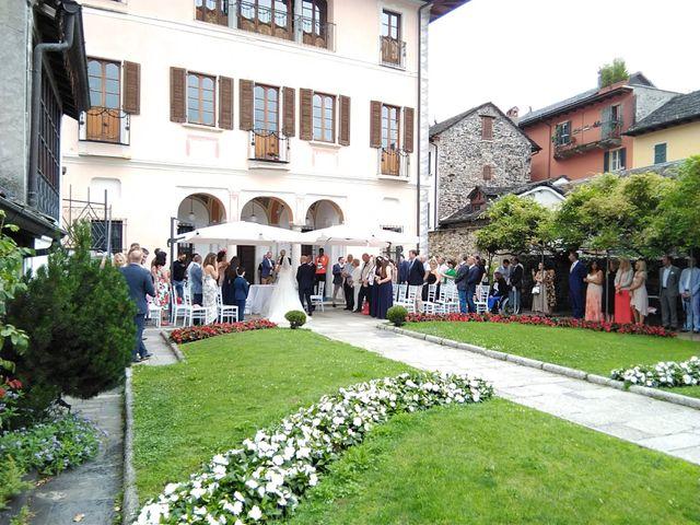 Il matrimonio di James e Sinead a Orta San Giulio, Novara 14