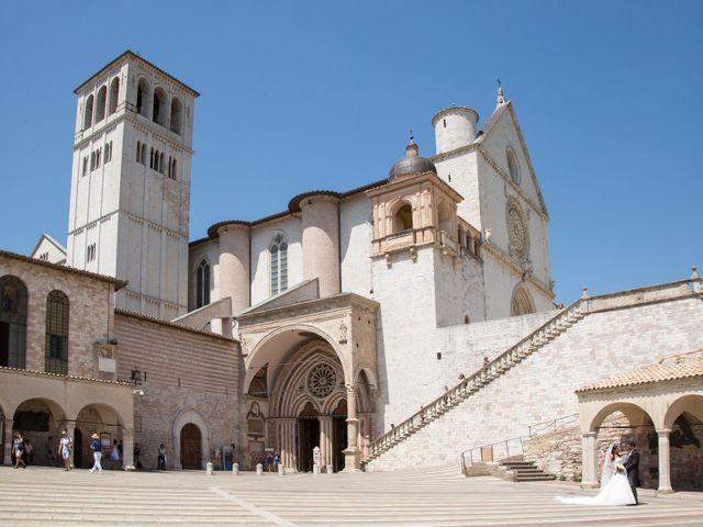 Il matrimonio di Alessandro e Daniela a Assisi, Perugia 56