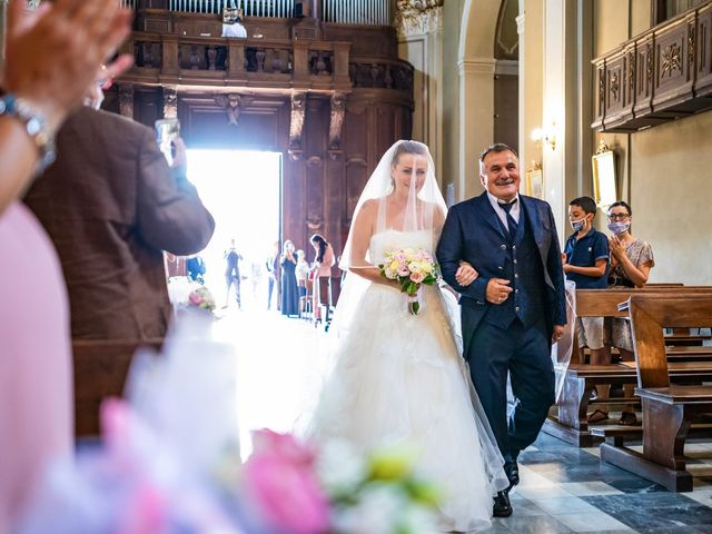 Il matrimonio di Mattia e Valentina a Fara Gera d'Adda, Bergamo 17
