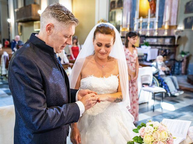 Il matrimonio di Mattia e Valentina a Fara Gera d'Adda, Bergamo 23