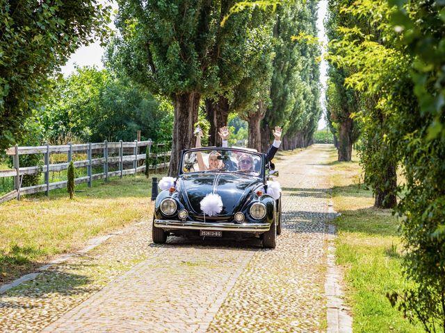 Il matrimonio di Mattia e Valentina a Fara Gera d'Adda, Bergamo 31