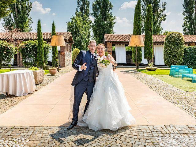Il matrimonio di Mattia e Valentina a Fara Gera d'Adda, Bergamo 33