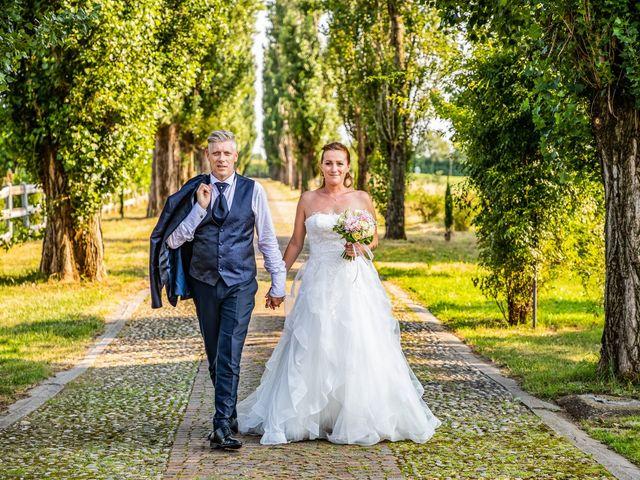 Il matrimonio di Mattia e Valentina a Fara Gera d'Adda, Bergamo 43
