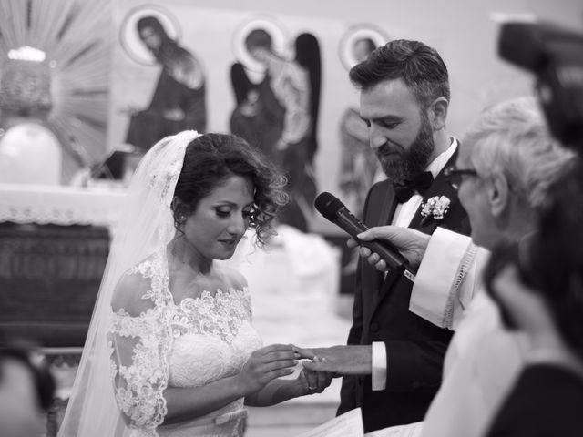 Il matrimonio di Saverio e Angela a Napoli, Napoli 15