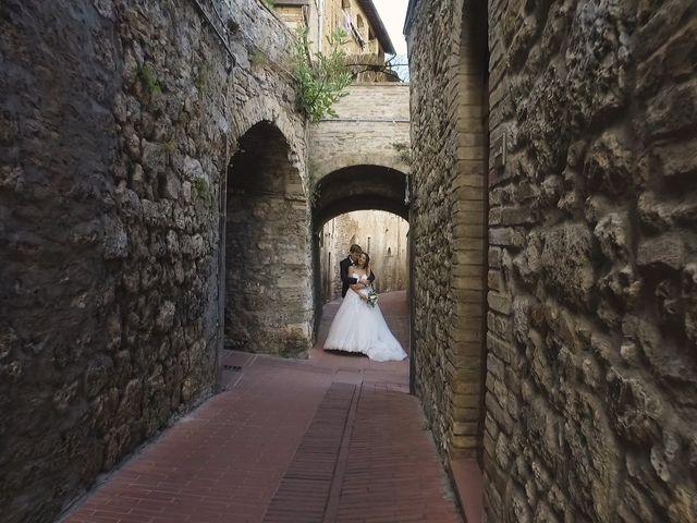 Il matrimonio di Carlo e Barbara a San Gimignano, Siena 28