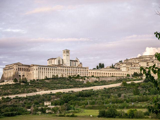 Il matrimonio di Marco e Elena a Bettona, Perugia 14