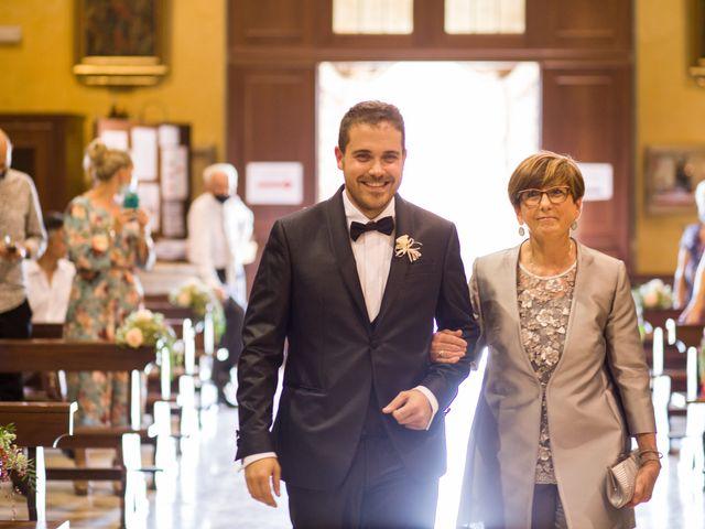 Il matrimonio di Davide e Paola a Castelnuovo Bocca d'Adda, Lodi 27